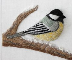 embroidered bird by Emily of The Floss Box #sewing #embroidery #stitching #nature