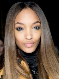 Topshop-Autumn/Winter 2014 beauty trend report :: Hair and makeup trends - Cosmopolitan- or something like this in violet tones. Neutral lids and the jewel tone on lower lash line.