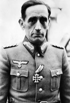 Generalleutnant Agustín Muñoz Grandes, commander of the the Blue Division (División Española de Voluntarios), photographed with the Iron Cross Second Class which was awarded on 8 September 1941. During his command Muñoz Grandes was decorated with the Knight's Cross on 12 March 1942 and on 13 December 1942 with the Oakleaves which was personally added by Hitler for his valiant conduct in the fighting against the Soviets.