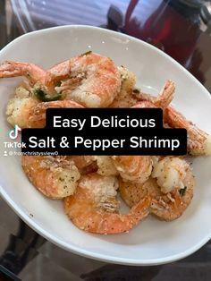 Shellfish Recipes, Shrimp Recipes, Salt N Pepper Shrimp Recipe, Easy Dinner Recipes, Easy Meals, Baked Shrimp, Cooking Recipes, Meal Recipes, Asian Recipes