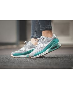 44f2c456292 Cheap Nike Air Max 90 Essential Wolf Grey Mit Green Shoe
