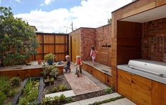 Bricks, Doors And Roof Tiles Recycled By Phooey Architects For Melbourne House Extension | Decor10