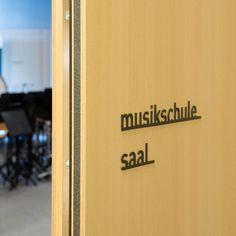 Idee & Gestaltung durch uns Corporate Design, Montage, Company Logo, Music School, Brand Design, Brand Identity Design