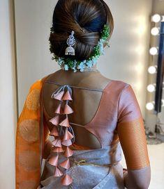 Blouse Back Neck Designs, New Saree Blouse Designs, Blouse Designs Catalogue, Simple Blouse Designs, Stylish Blouse Design, Bridal Blouse Designs, Patch Work Blouse Designs, Saris, Designer Blouse Patterns