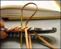 Eight-String Round Edge Leather Braid, Part 1, par Schwert - ARCHIVES : Outdoors-Magazine.com