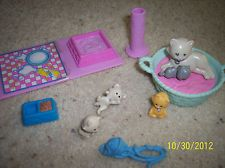 Mommy and Baby Kitties Vintage Littlest Pet Shop 1992