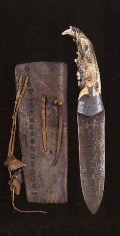 Нож и ножны, Черноногие. Период 1850-1875. Коллекция Fenn. Splendid Heritage.