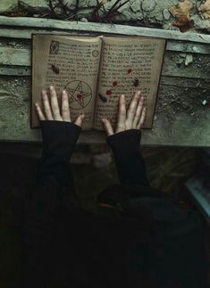 Wicca Pagan Witches Spells Magic Craft Witchcraft Salem Book of Shadows Grimoire Black Magic Story Inspiration, Character Inspiration, Yennefer Of Vengerberg, Harry Potter, Arte Obscura, Slytherin Aesthetic, Vampire, Witch Aesthetic, Aesthetic Dark