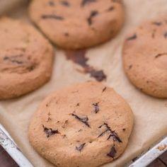 Ciastka z ciecierzycy - zdrowe, wegańskie i bezglutenowe   Przepis Falafel, Hummus, Cookies, Food, Crack Crackers, Biscuits, Essen, Falafels, Meals