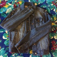 Spiked Denim Jacket — Fitted denim jacket. Has spiked on the shoulders ! DIY — Worn Twice Forever 21 Jackets & Coats Jean Jackets