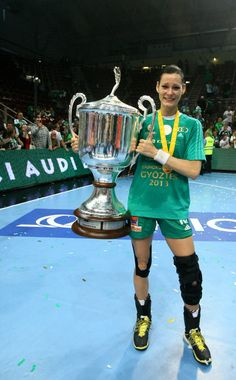 It's finally there. The Queen Women's Handball, Handball Players, Sport Icon, Amazing Women, Audi, Female, Hungary, Icons, Queen
