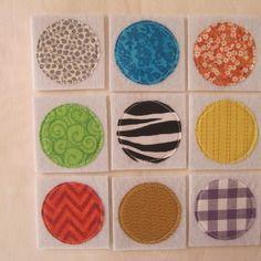 Cadeau de noël pour enfant - jeu mémory en tissu - jeu de mémoire en feutrine avec ronds en tissus - nature couture