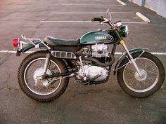 Yamaha in a Enduro frame. Need the rack on the back. Yamaha 650, Yamaha Motorcycles, Vintage Motorcycles, Sport Motorcycles, Custom Motorcycles, Custom Bikes, Motorcycle Posters, Cafe Racer Motorcycle, Guzzi V7