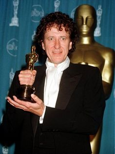Geoffrey Rush holding Oscar for Shine by cooperscooperday, via Flickr