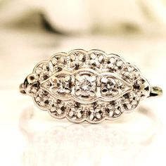 Vintage Scalloped Diamond Ring 0.17ctw Diamond Cluster Ring 1.