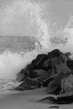 power of the waves #enixphotos