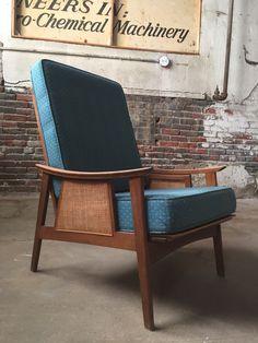 Mid century lounge chair Etsy shop https://www.etsy.com/listing/483858667/mid-century-modern-arm-chair-danish