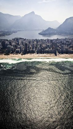 Rio de Janeiro  (by Claudia Jaguaribe) - a different perspective of #Rio #Brazil