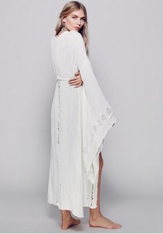 Bohemian Cotton - Dreamy Bridal Robes for Getting Wedding Ready - Photos