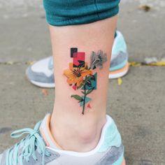 12 seriously pretty birth flower tattoos to celebrate yourself - tattoo . - 12 seriously pretty birth flower tattoos to celebrate yourself celebrate F - Simbolos Tattoo, Form Tattoo, Shape Tattoo, Tattoo Fonts, Tattoo Quotes, Tattoo Wave, Tattoo Maori, Tattoo Pics, Line Work Tattoo
