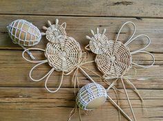 Sun Paper, Basket Weaving, Wicker, Diy And Crafts, Creations, Easter, Newspaper, Handmade, Craft