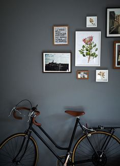 dark grey walls Interior paint color inspiration more on www. Casa Hipster, Dark Grey Walls, Dark Grey Hallway, Estilo Interior, Home Decoracion, Turbulence Deco, Interior And Exterior, Interior Design, Wall Decor