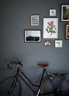 dark grey walls Interior paint color inspiration more on www. Casa Hipster, Estilo Interior, Dark Grey Walls, Dark Grey Hallway, Home Decoracion, Turbulence Deco, My New Room, Home Decor Inspiration, Design Inspiration