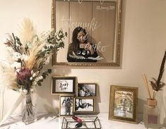 テーブルナンバー、前撮り写真、装飾と何かと花嫁DIYに使えるのが「フォトフレーム」!今回は、1000円以下でおしゃれに見える高コスパのフォトフレームをダイソー・キャンドゥ・セリア・フライングタイガー・IKEAで調査してきました* Wedding Images, Diy Wedding, Wedding Reception, Happy Weding, Wedding Welcome Board, Wedding Centerpieces, Wedding Decorations, Welcome Table, Wedding Letters