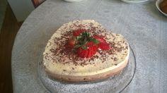 #leivojakoristele #ystävänpäivähaaste Kiitos Sari S. Tiramisu, Sari, Ethnic Recipes, Food, Saree, Essen, Meals, Tiramisu Cake, Yemek
