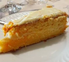 This melt in your mouth Portuguese orange and butter cake (bolo de laranja & manteiga) will be a hit with friends and family. Portuguese Desserts, Portuguese Recipes, Portuguese Food, Portuguese Culture, Sweet Recipes, Cake Recipes, Dessert Recipes, Orange Butter Cake Recipe, Mini Cakes