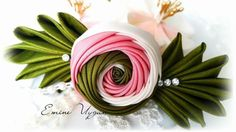 Цветы из лент, вышивка лентами
