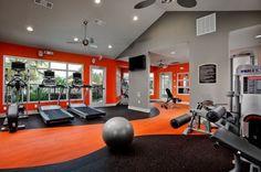 58 façons de créer son gym maison. C'est l'heure de s'entrainer!  #gym #design