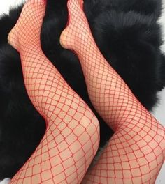 RED-FISHNET-TIGHTS-DIAMOND-FISHNET-TIGHTS-VALENTINES-DAY
