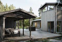 Villa Jakobsson, Gnisvärd – M. Garage Design, House Design, Plywood House, Best Barns, Wood Architecture, Exterior Cladding, Cottage Homes, Pergola, Villa