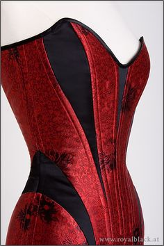 CC ladyvamp04 corset dress by royal black - putting in corsets because it's a corset with a bottom added