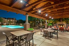 Toll Brothers - Aviano Patio