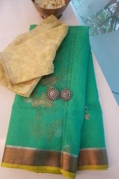 Silk Saree Kanchipuram, Silk Sarees, Saris, Pink Saree Silk, Vintage Flower Girls, Kota Sarees, Silk Saree Blouse Designs, Buy Sarees Online, Victoria Dress