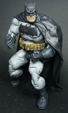 Dark Knight Returns Batman (Batman) Custom Action Figure by grungethemovie Base figure: NECA Guile