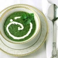 Creamy & Delicious Spinach Soup  Needed: IP Leek or Chicken Soup Mix