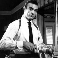 """"""" I like my Martini shaken not stirred""""- Sean Connery as James Bond in Goldfinger Happy Saturday Afternoon everyone! So this topic has came up because of something I posted. Vodka Martini, Martini Party, Apple Martinis, Sean Connery James Bond, New James Bond, James Bond Movies, Shawn Connery, Peppermint Martini, Christmas Martini"""