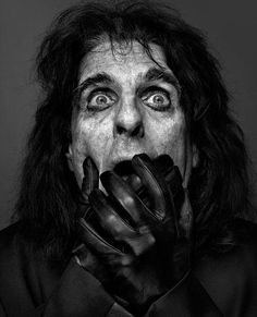 Alice Cooper - by Marco Grob Alice Cooper, Detroit, Michigan, El Rock And Roll, Still Life Photographers, New York, Celebrity Portraits, Black And White Portraits, People Photography