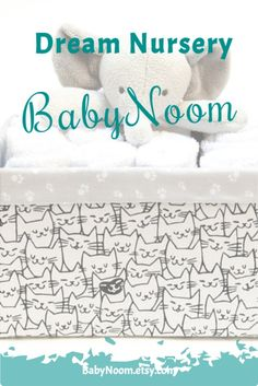 This new mommy gift is perfect for a monochrome nursery (if you don't know nursery colors this will fit!). This cat art bin could also be great for storing your pet toys and treats :)🐱Personalized this toy box with your cat's or baby's name and make your gift special! Girl Nursery, Nursery Decor, Personalised Toy Box, New Mommy Gifts, Art Bin, Monochrome Nursery, Diaper Caddy, Unique Baby Shower Gifts, Baby Girl Princess