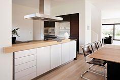 Küche und Essplatz (Johannes Walther Architekt)