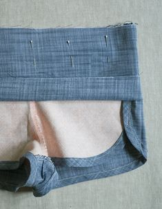City Gym Shorts for All Ages http://www.purlsoho.com/create/2014/07/24/corinnes-thread-city-gym-shorts-for-all-ages/