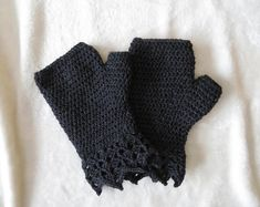 Crocheted Fingerless Gloves They are great for texting They are made with washable wool and acrylic yarn They can be machine washed and dryed Fits large Measures across widest part of your hand Approximately long Fingerless Mitts, Wool, Crochet, Creative, How To Make, Handmade, Crafts, Etsy, Vintage