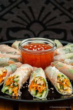 of noodles - food_drink Easy Healthy Recipes, Asian Recipes, Healthy Snacks, Vegetarian Recipes, Easy Meals, Snacks Für Party, Food For Thought, Love Food, Food Inspiration