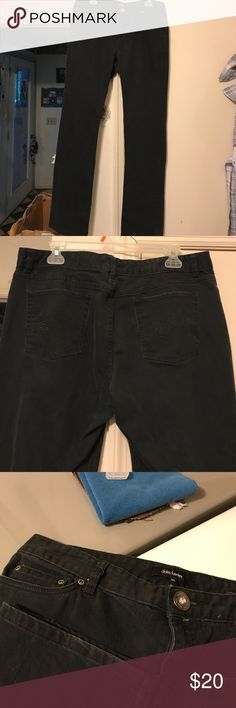 """Black jeans daisy fuentes black jeans with jewel centered button at waist. 18"""" across waist and 31"""" in length Daisy Fuentes Jeans Straight Leg"""