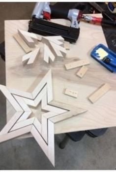 DIY Wooden Star | Free Plans | Rogue Engineer