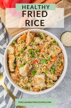 This Healthy Fried Rice Recipe is packed with chicken, veggies and brown rice. Full of flavor   so delicious - just like takeout chicken fried rice at home! Skip the chicken and make it vegetarian or add shrimp. You could even make it with cauliflower rice. Either way this clean eating dinner is easy to make and quick! Easy Clean Eating Recipes, Clean Eating Dinner, Lunch Recipes, Healthy Dinner Recipes, Healthy Fried Rice, Riced Veggies, Healthy Meal Prep, Healthy Food, Healthy Gluten Free Recipes