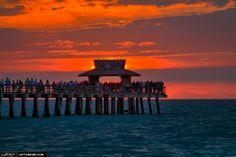 naples florida kelly's fish house | wpid18933-Sunset-Naples-Fishing-Pier-in-Naples-Florida.jpg